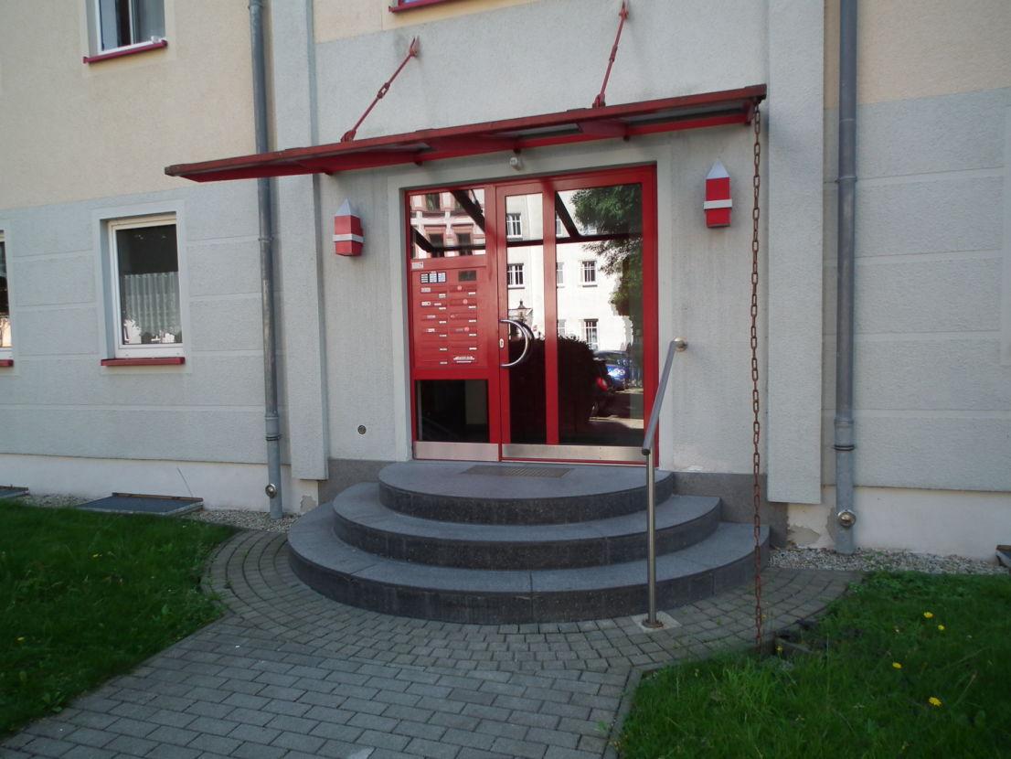 Viel Platz zum Wohlfühlen **Tolle 2 Raum ** Balkon, Tageslichtbad, Aufzug, Tiefgarage
